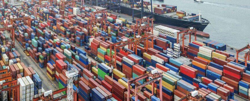 Conteneurs dans le port de Rotterdam